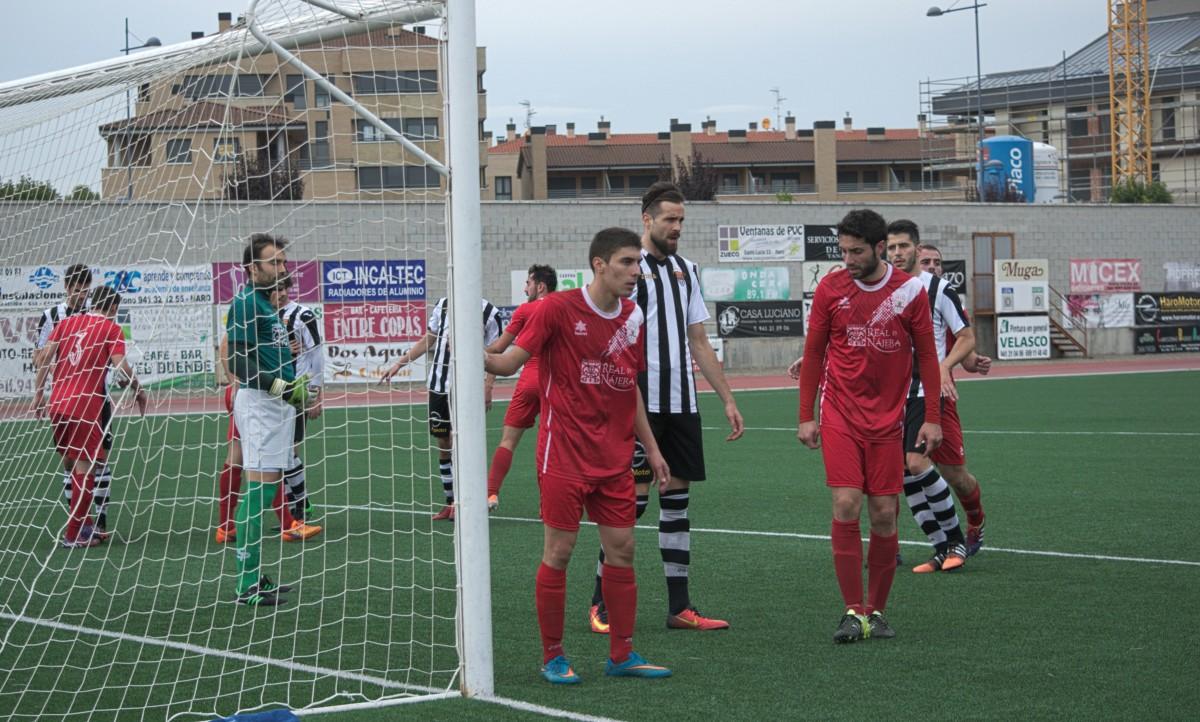 Imagen del Haro Deportivo-Náxara de la pasada jornada en El Mazo.