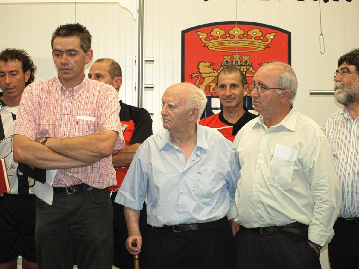 Luis Salazar, 'Pacopin' y Corral en el homenaje de 2008.