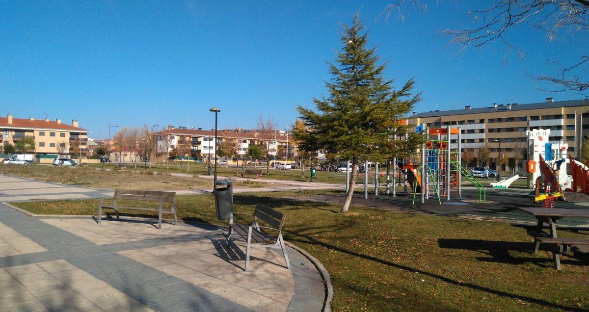 El Ayuntamiento de Haro invertirá 7.600 euros en acondicionar una parcela próxima a la zona de juegos en El Mazo 1