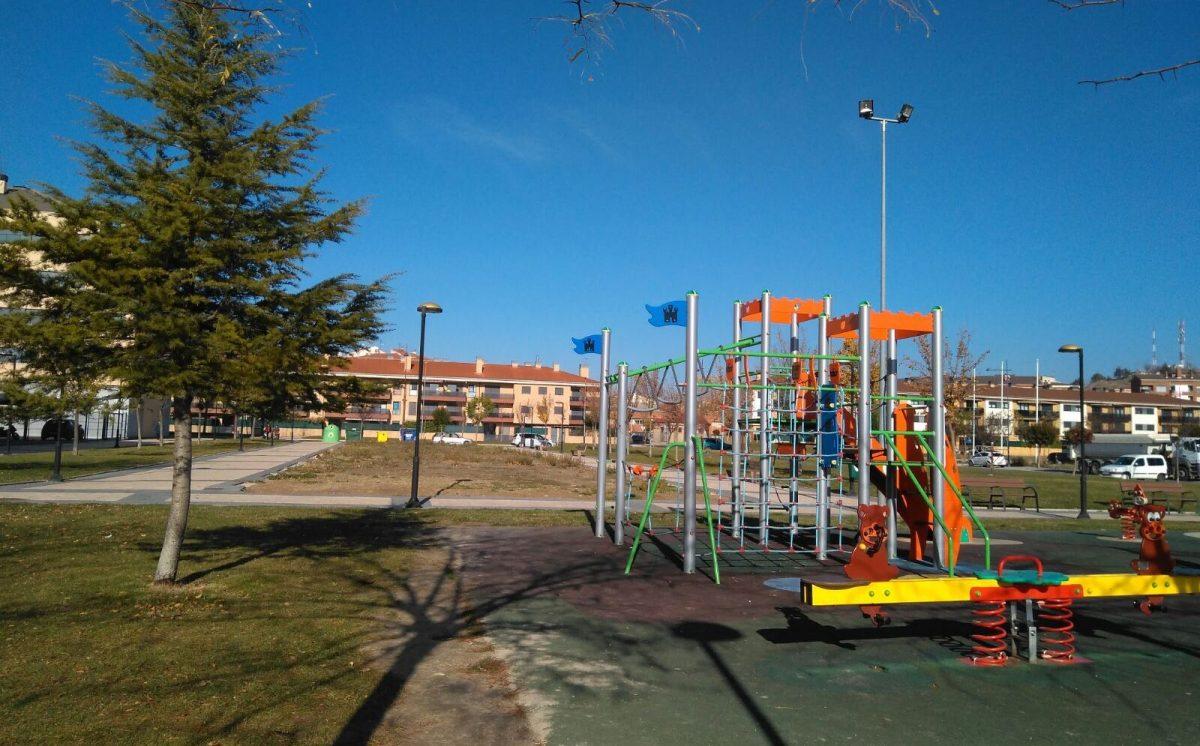 El Ayuntamiento de Haro invertirá 7.600 euros en acondicionar una parcela próxima a la zona de juegos en El Mazo 2