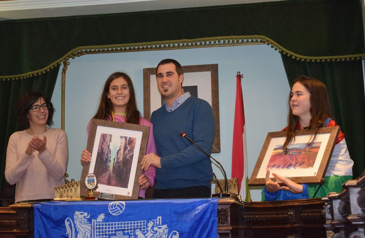 La cantera del Haro Rioja Voley festeja en el Ayuntamiento el oro y bronce logrados en la Copa de España 6