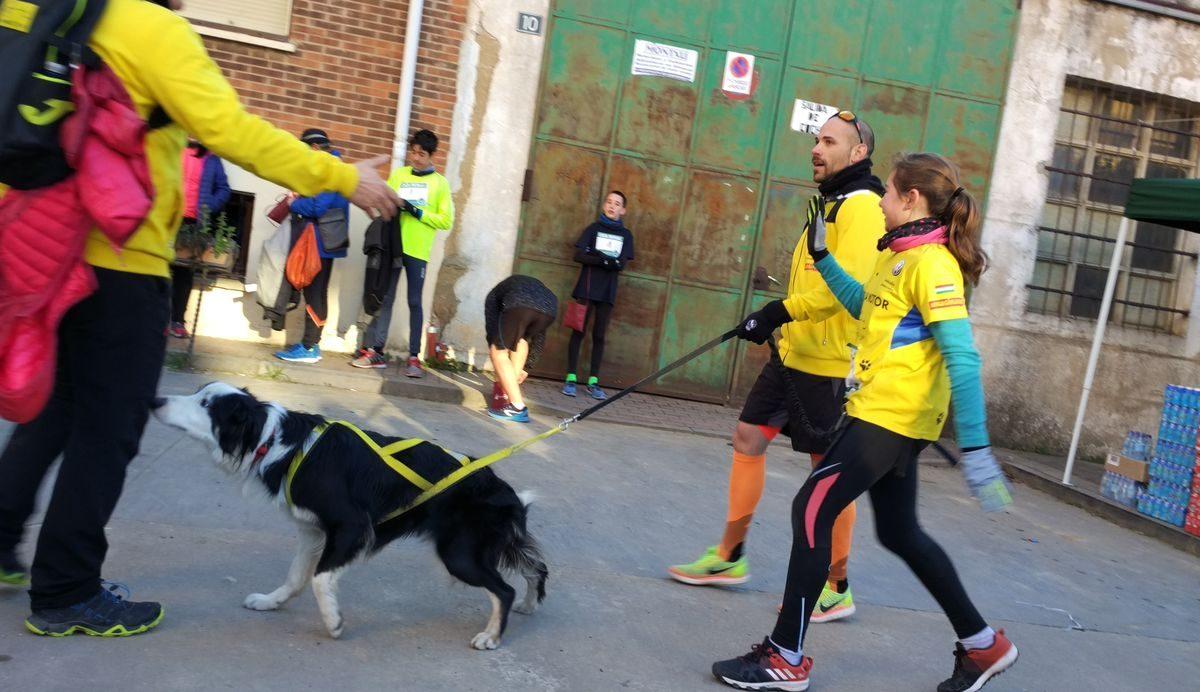 1.000 personas corren en Rodezno por las familias con niños con cáncer 11