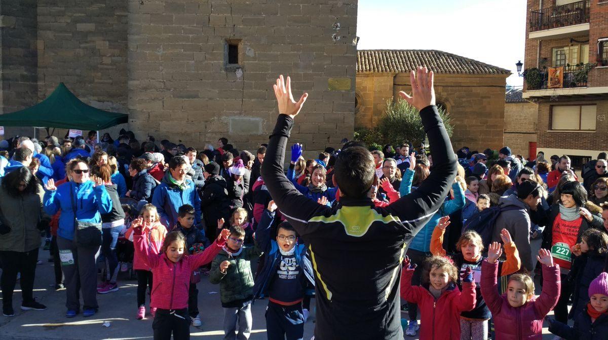1.000 personas corren en Rodezno por las familias con niños con cáncer 13