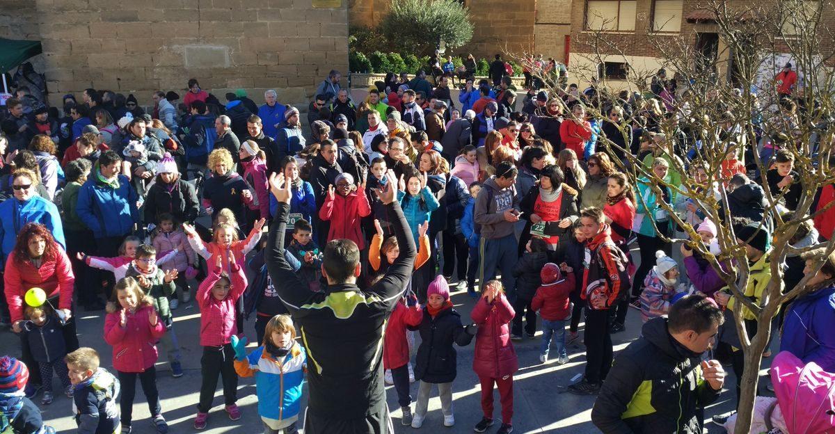 1.000 personas corren en Rodezno por las familias con niños con cáncer 14