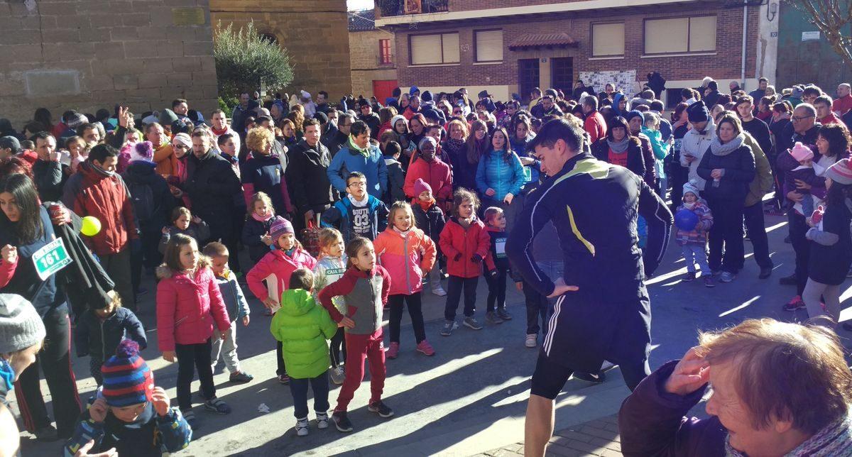 1.000 personas corren en Rodezno por las familias con niños con cáncer 15