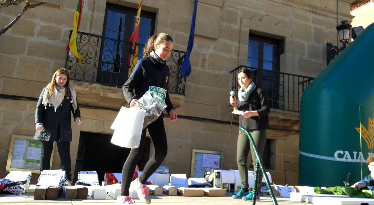 1.000 personas corren en Rodezno por las familias con niños con cáncer 20