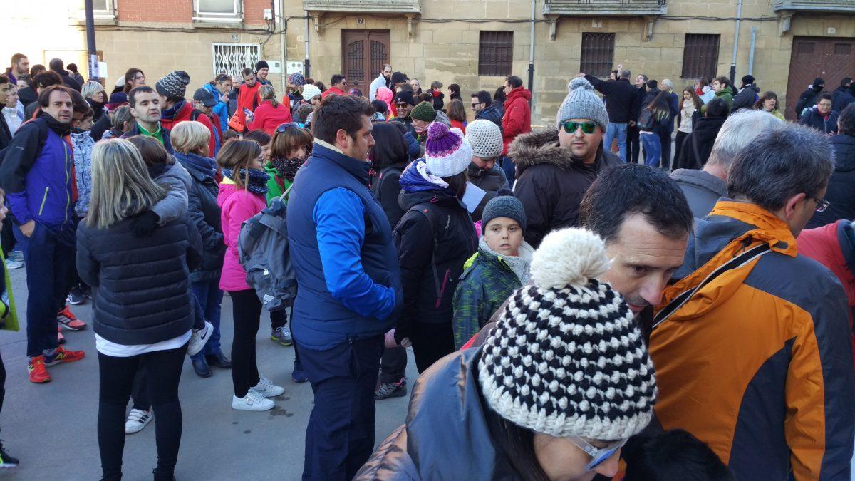 1.000 personas corren en Rodezno por las familias con niños con cáncer 5