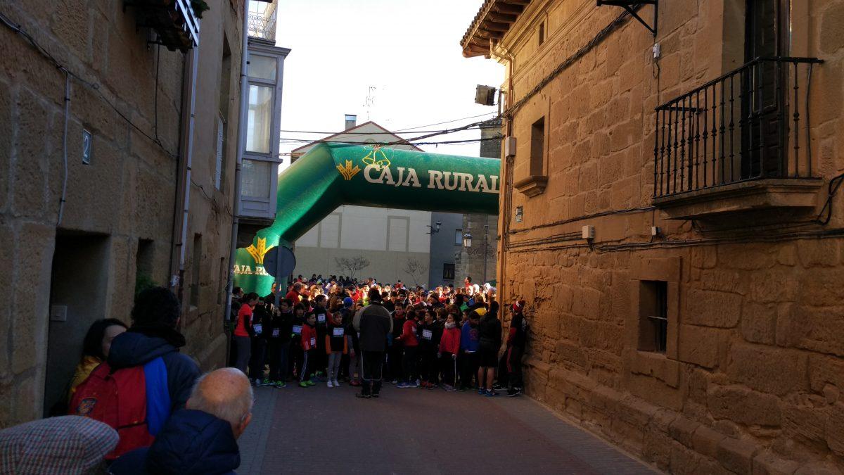 1.000 personas corren en Rodezno por las familias con niños con cáncer 6