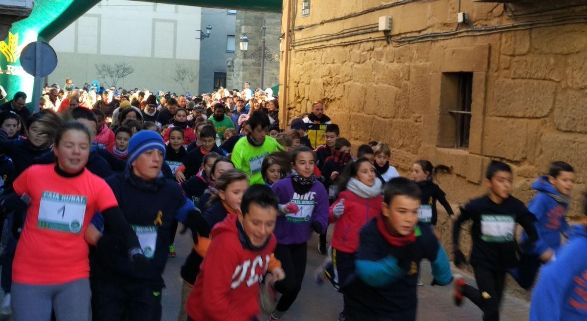 1.000 personas corren en Rodezno por las familias con niños con cáncer 7