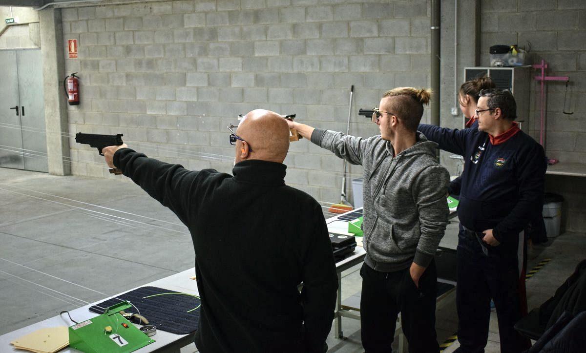 Las imágenes de la primera prueba oficial de tiro olímpico en El Mazo 2