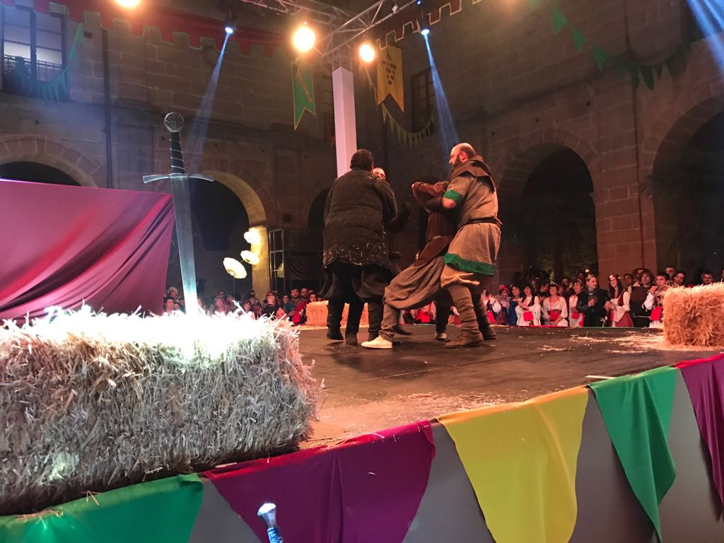 Música y baile inundan el claustro de Los Agustinos 4