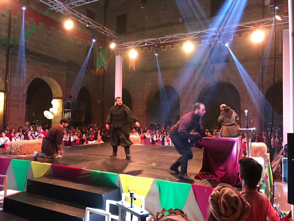 Música y baile inundan el claustro de Los Agustinos 5