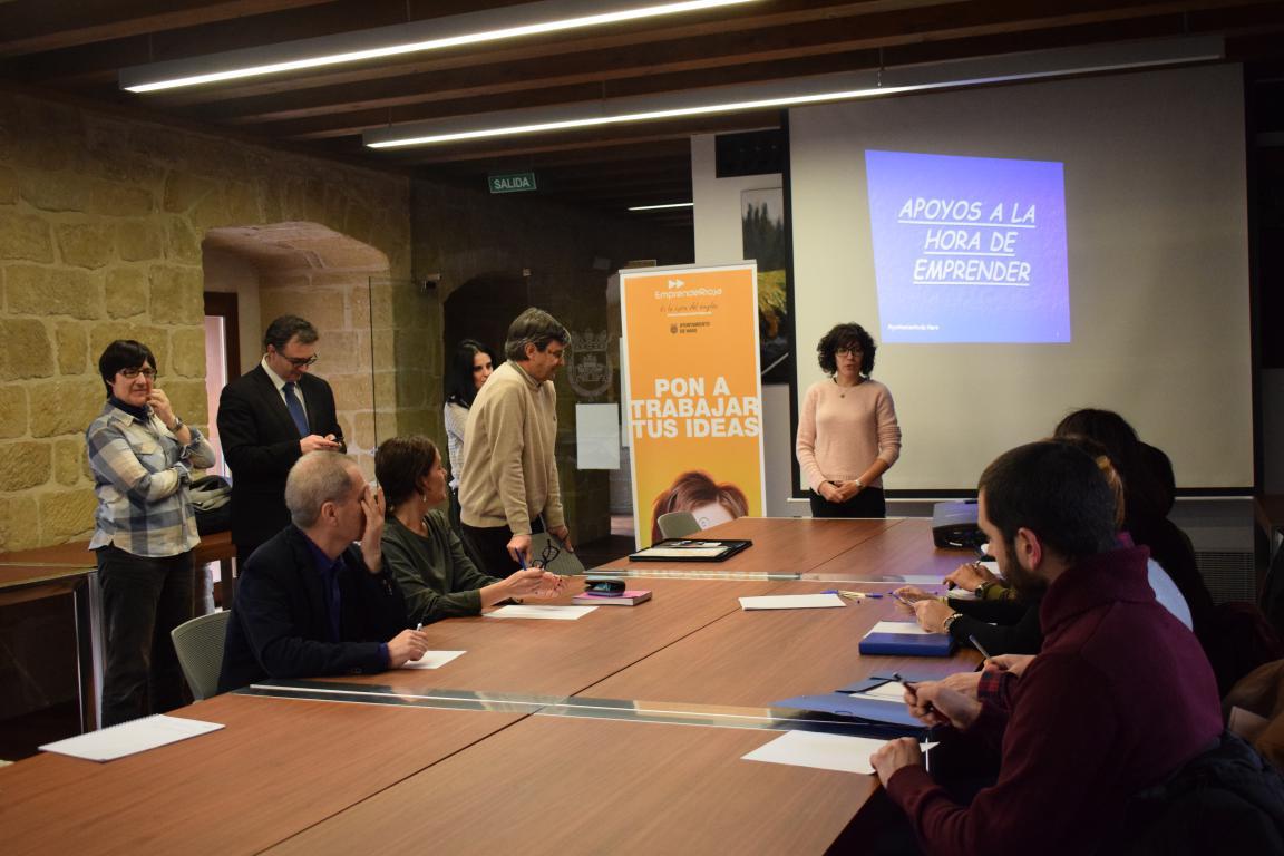 Una docena de asistentes en la Semana Europea de la 'Startup' en Haro 1