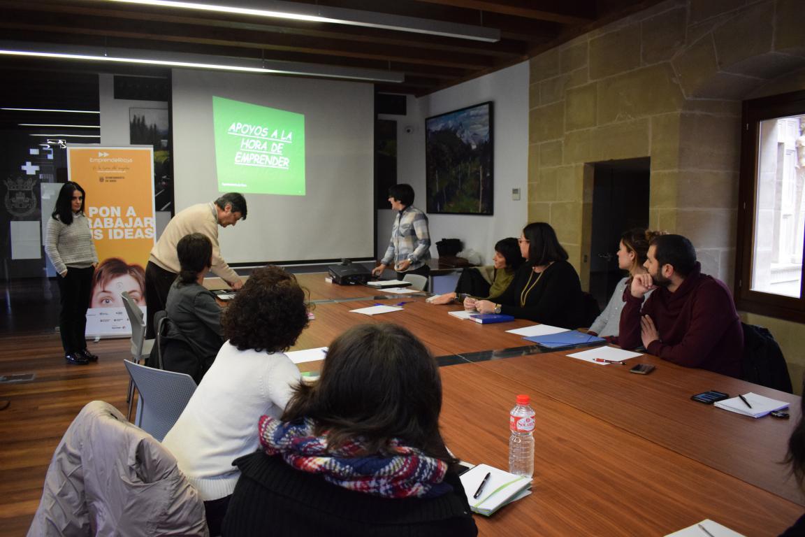 Una docena de asistentes en la Semana Europea de la 'Startup' en Haro 2