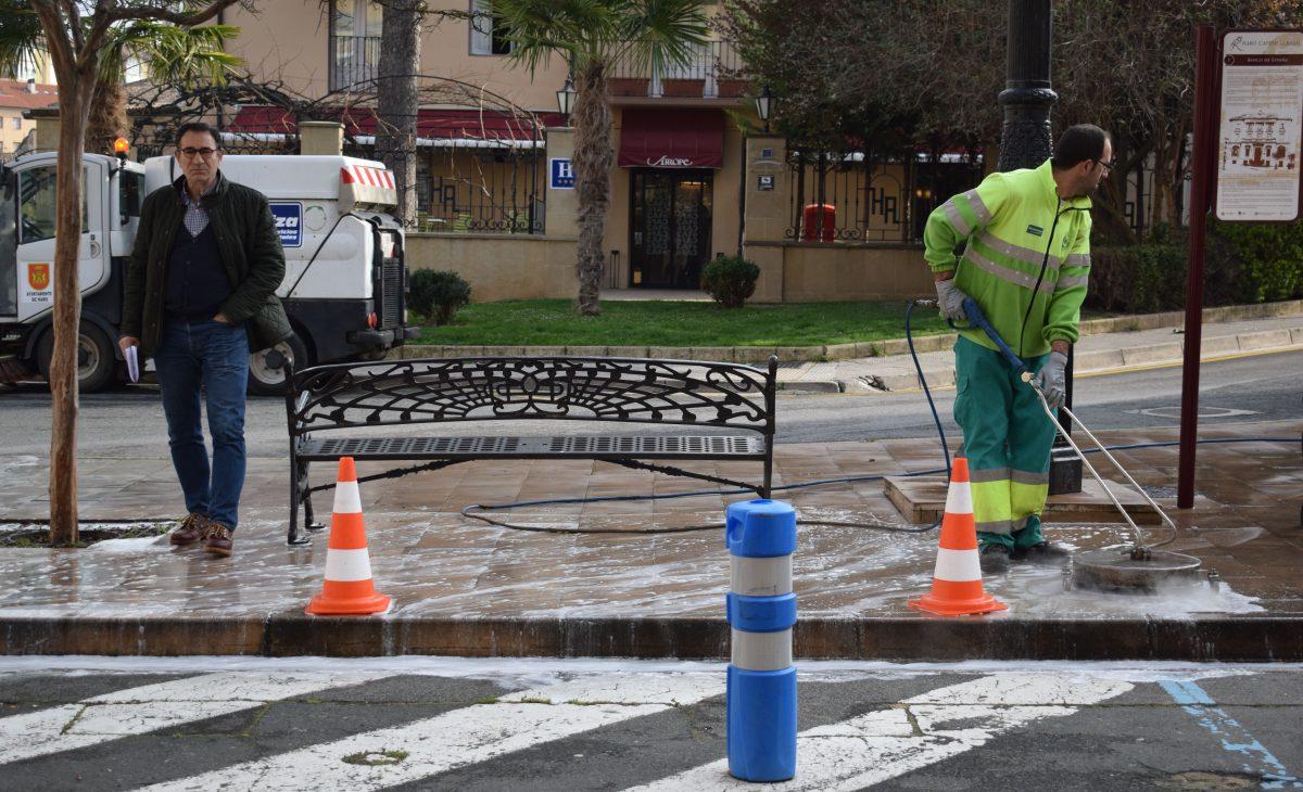 El Ayuntamiento de Haro refuerza el servicio de limpieza urbana 1