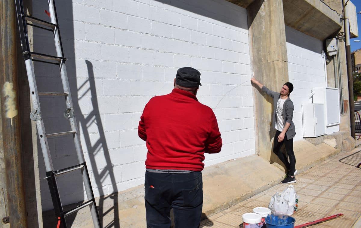 19 alumnos del IES Ciudad de Haro pintarán 14 murales de temática deportiva en el frontón de El Ferial 6