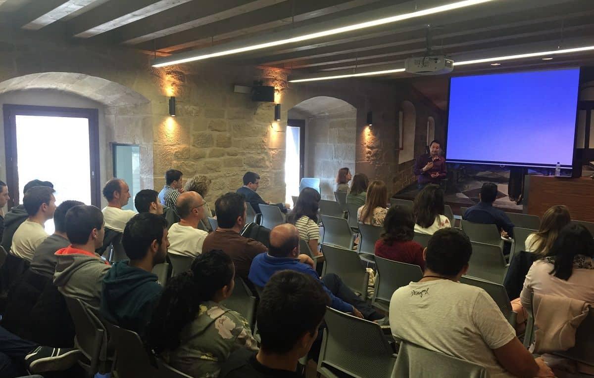 Casi 40 personas participan en Haro en el taller de Google Analytics de la FER y AERTIC 1