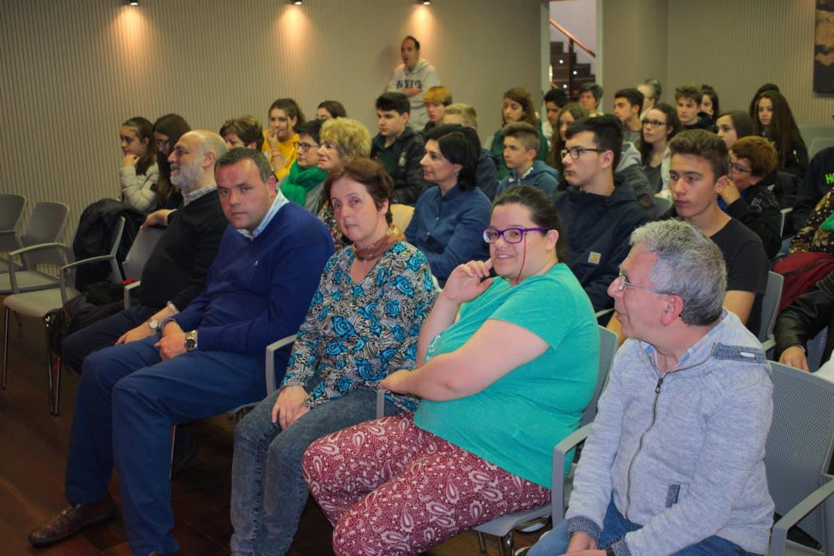 Encuentro de lectura compartida para abrir la programación de actos del Día del Libro 12