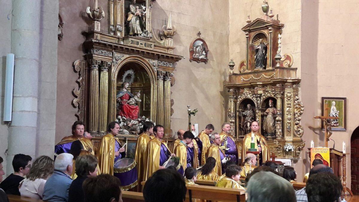La Banda de Cornetas y Tambores de Haro participa en Sorzano en la procesión del Domingo de Ramos 2