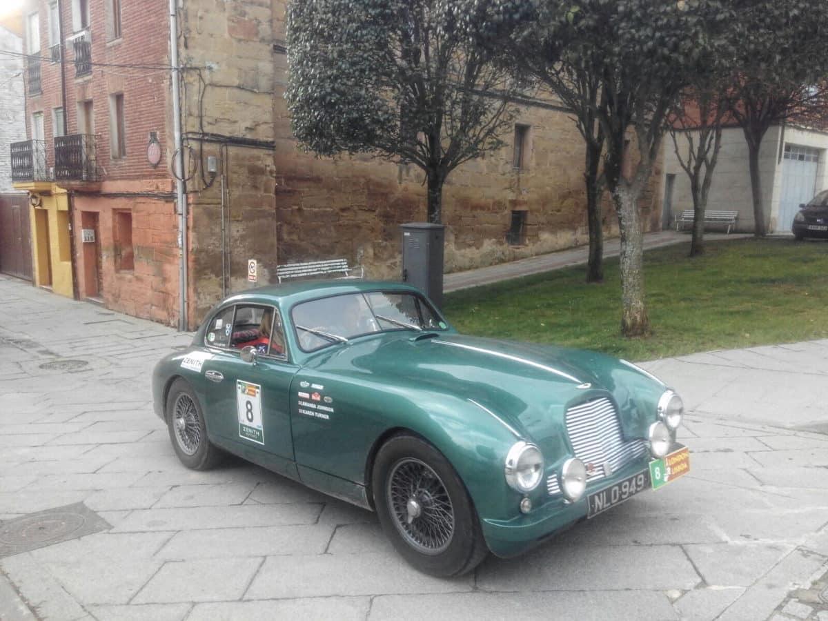 La prueba de coches clásicos Londres-Lisboa llega a Santo Domingo de La Calzada 5