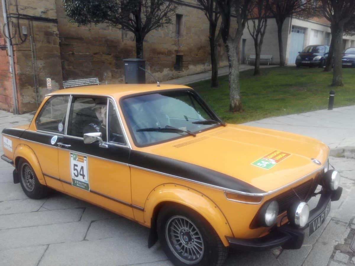 La prueba de coches clásicos Londres-Lisboa llega a Santo Domingo de La Calzada 9