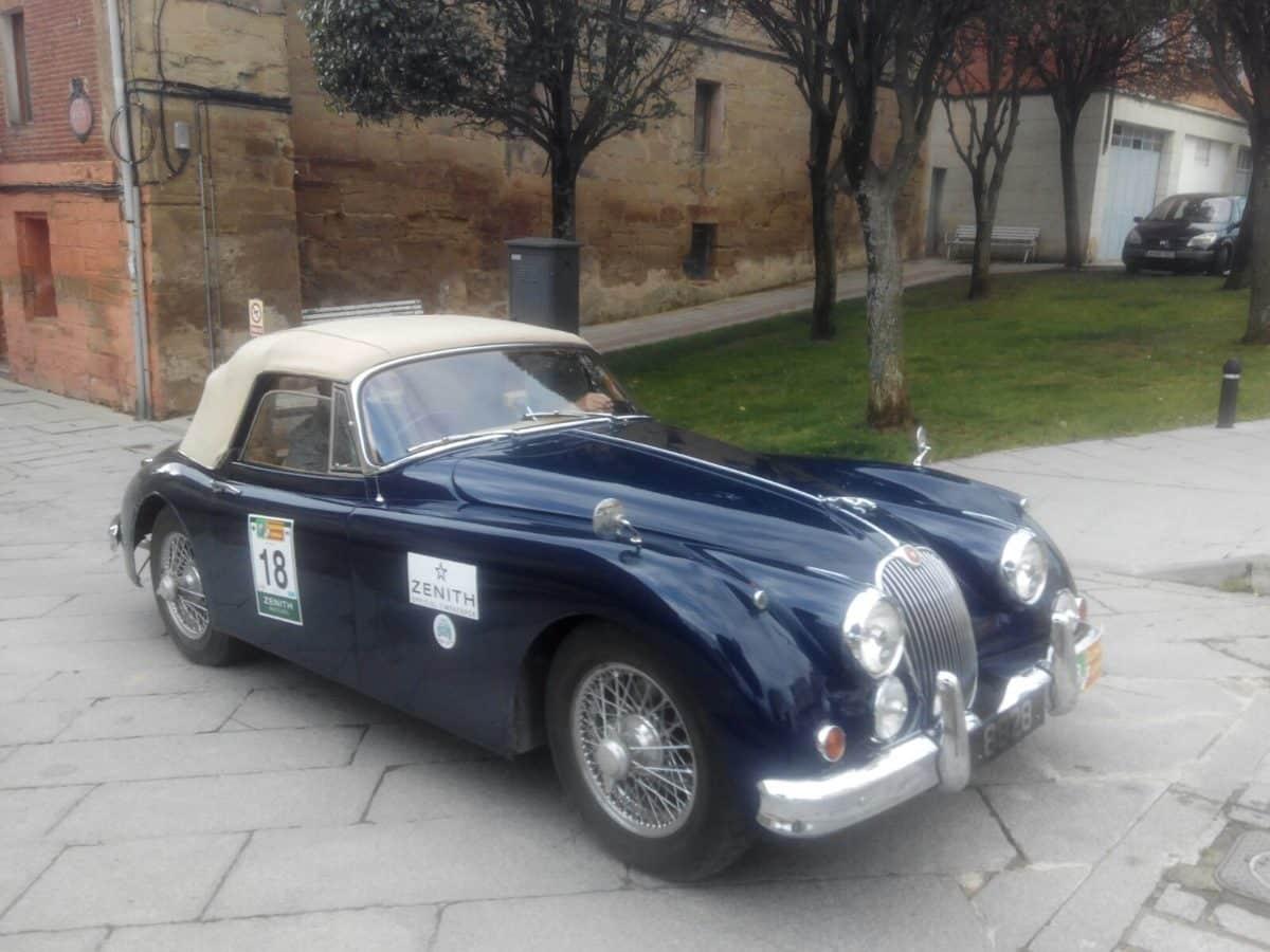 La prueba de coches clásicos Londres-Lisboa llega a Santo Domingo de La Calzada 7