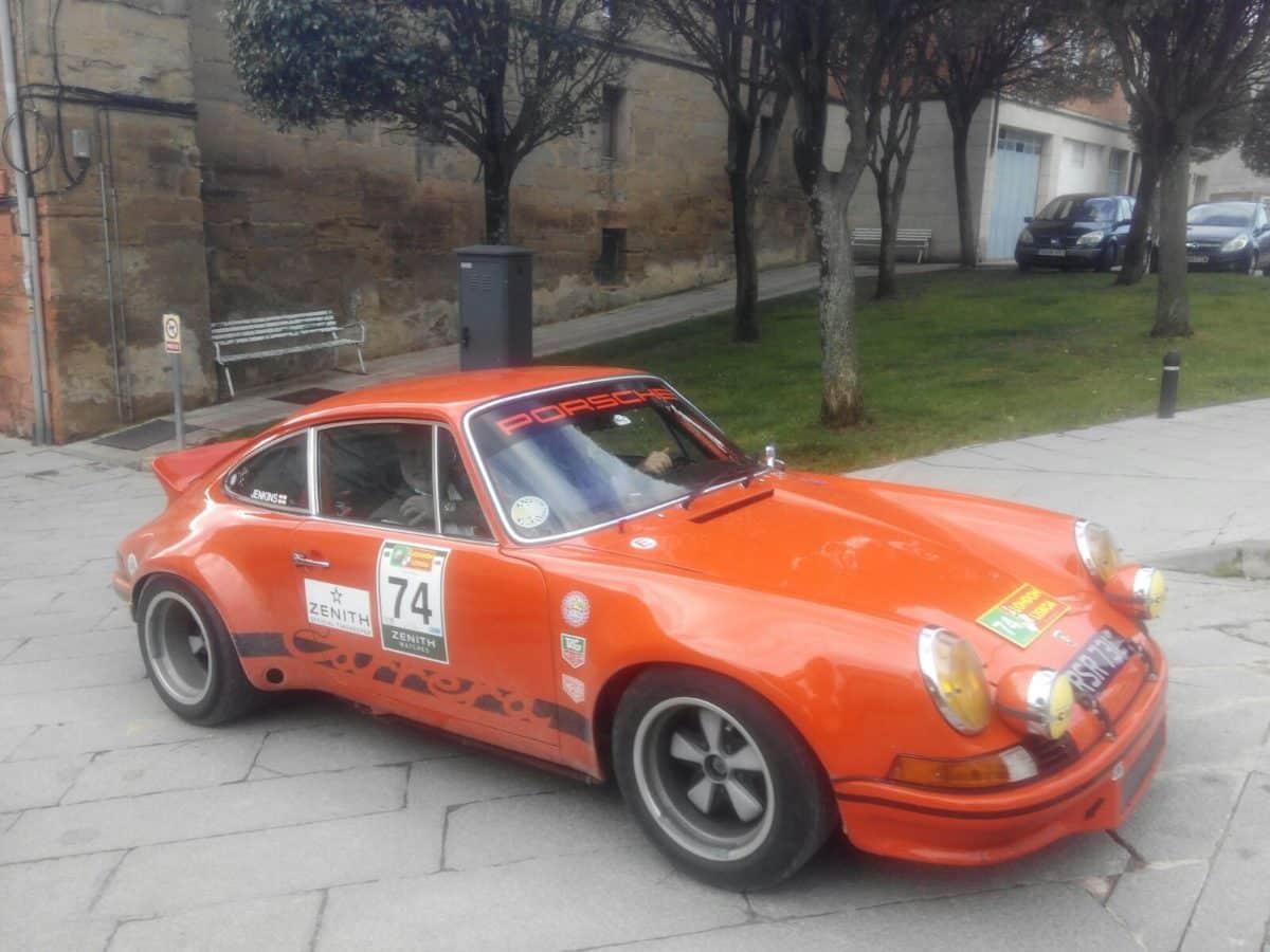 La prueba de coches clásicos Londres-Lisboa llega a Santo Domingo de La Calzada 21