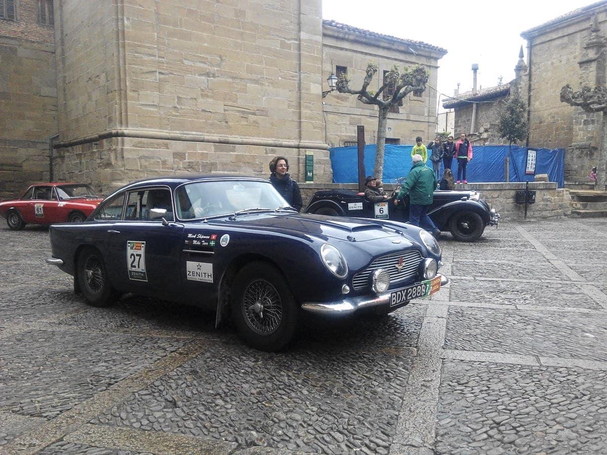 La prueba de coches clásicos Londres-Lisboa llega a Santo Domingo de La Calzada 6