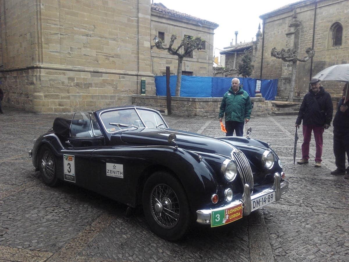 La prueba de coches clásicos Londres-Lisboa llega a Santo Domingo de La Calzada 12