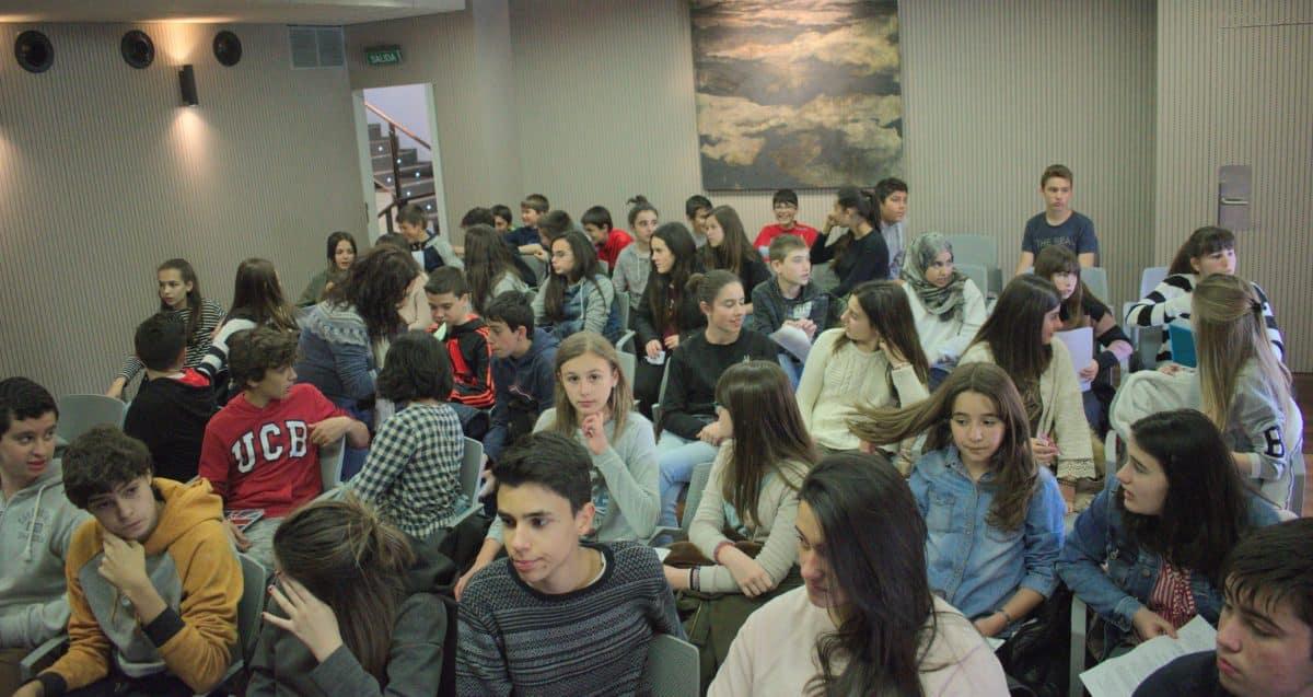 Las imágenes del encuentro de lectura compartida por alumnos de Corazonistas con motivo del Día del Libro 2