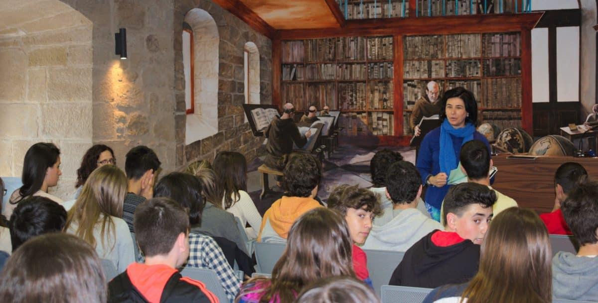 Las imágenes del encuentro de lectura compartida por alumnos de Corazonistas con motivo del Día del Libro 5
