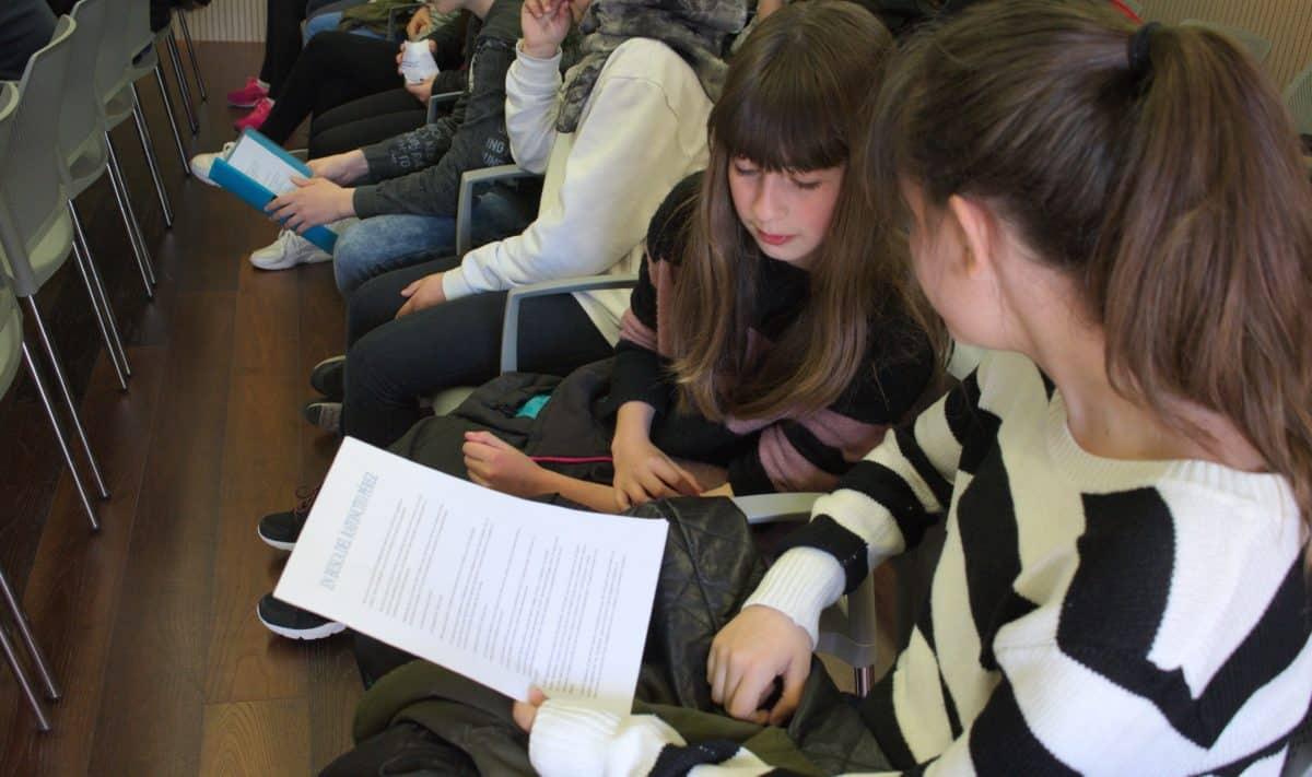 Las imágenes del encuentro de lectura compartida por alumnos de Corazonistas con motivo del Día del Libro 7