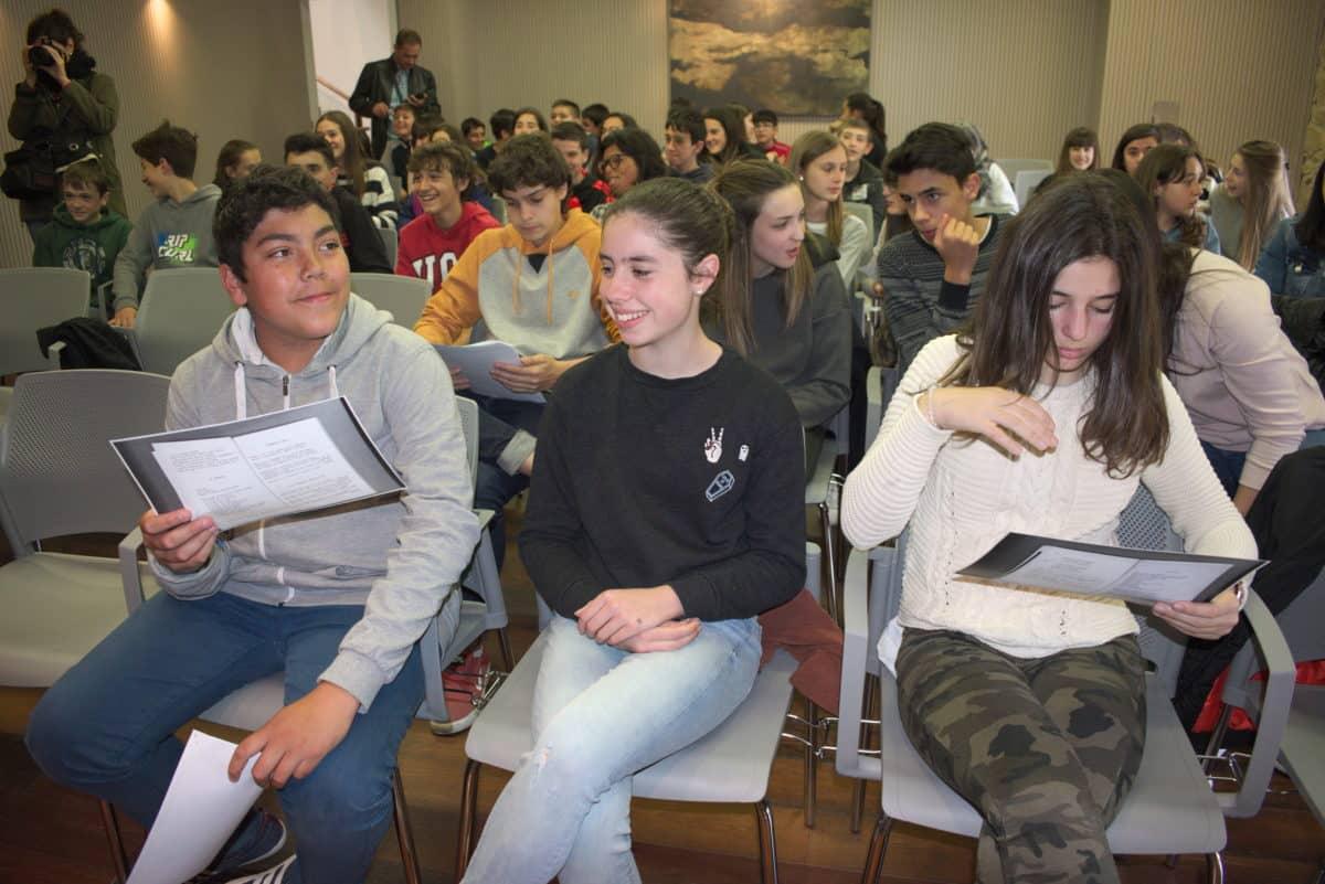 Las imágenes del encuentro de lectura compartida por alumnos de Corazonistas con motivo del Día del Libro 8