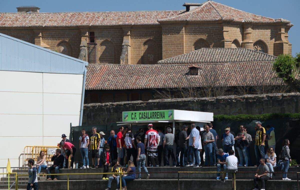 Las imágenes del sufrido triunfo de la SD Logroñés sobre el Casalarreina 14
