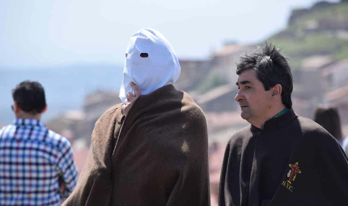 Los 'Picaos' en la procesión del Vía Crucis de San Vicente de la Sonsierra 6