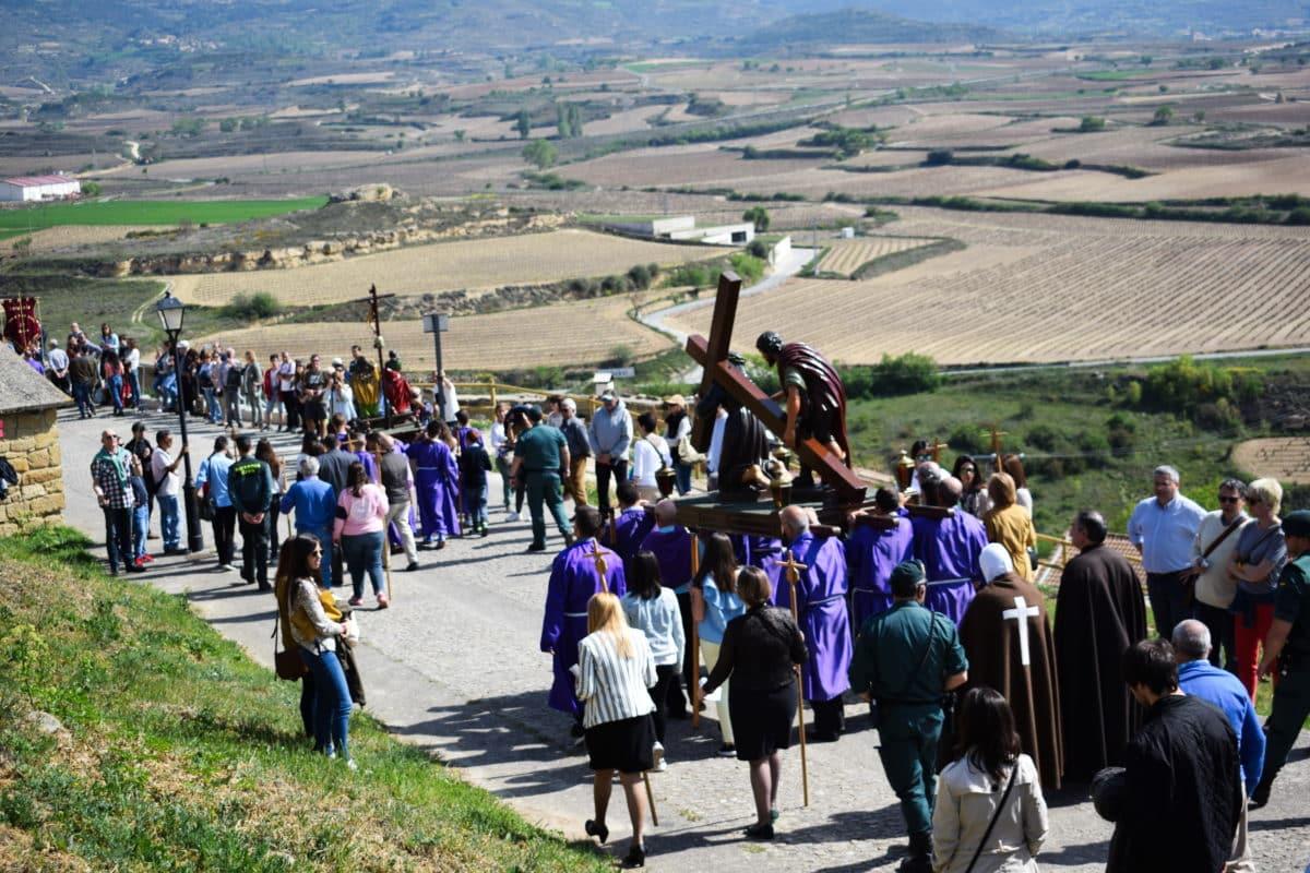 Los 'Picaos' en la procesión del Vía Crucis de San Vicente de la Sonsierra 3