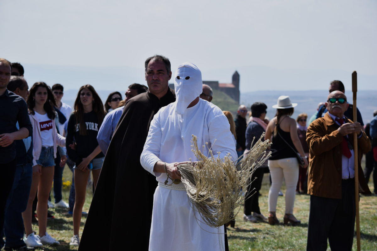 Los 'Picaos' en la procesión del Vía Crucis de San Vicente de la Sonsierra 9