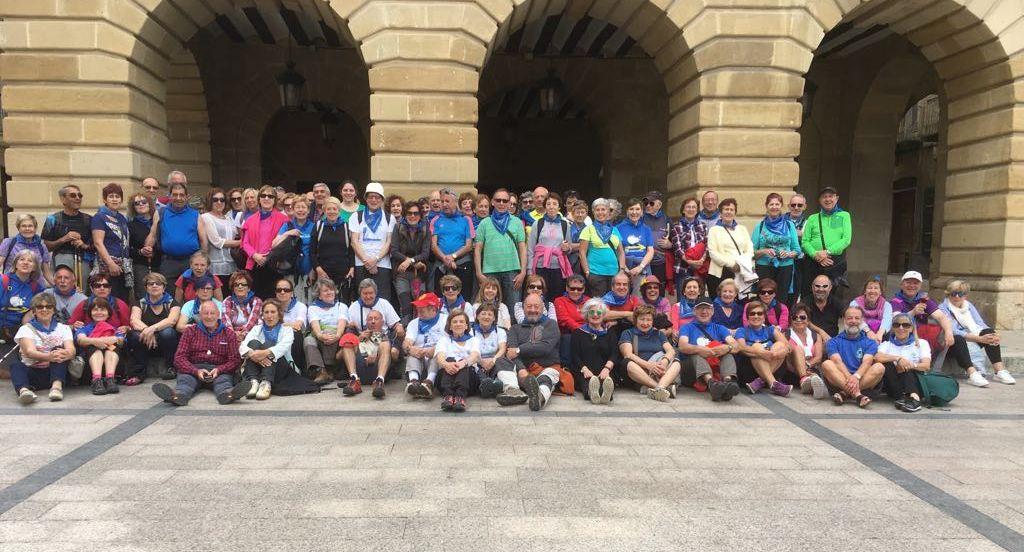 Casi un centenar de peregrinos participan en el X Aniversario del albergue Ciudad de Haro 8