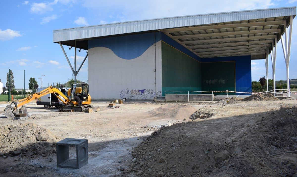 En marcha la construcción de las nuevas pistas cubiertas de pádel de El Mazo 3