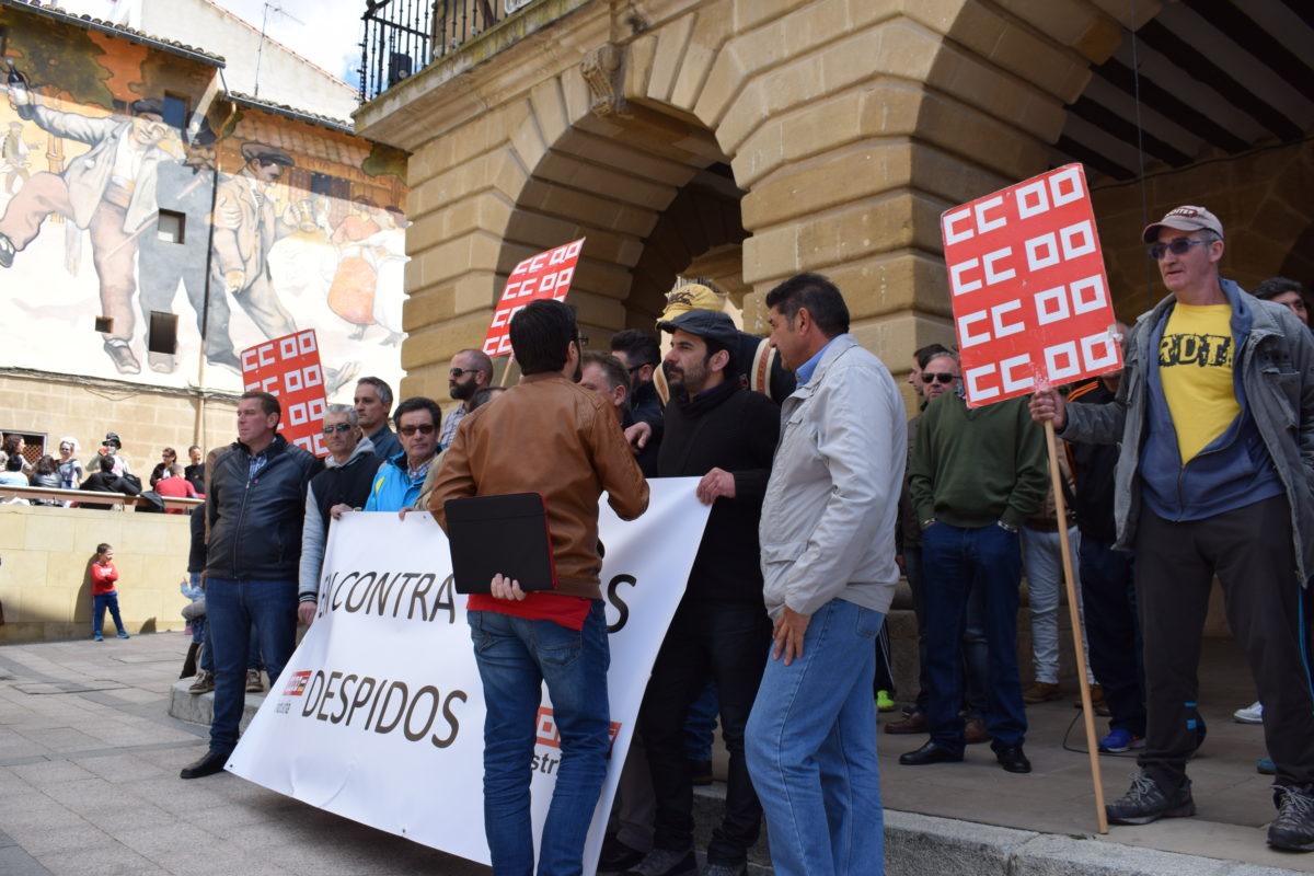 Las imágenes de la concentración en contra de los despidos en Bodegas Bilbaínas 14