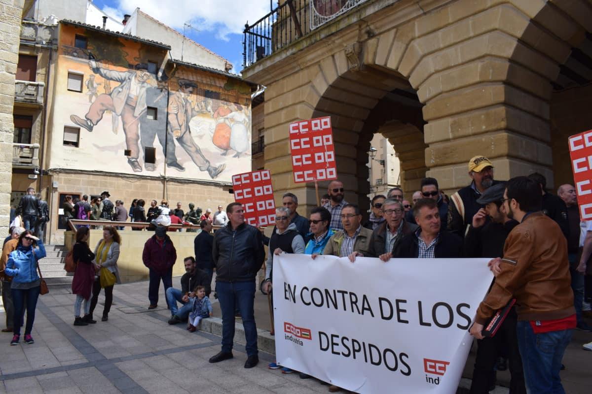 Las imágenes de la concentración en contra de los despidos en Bodegas Bilbaínas 18