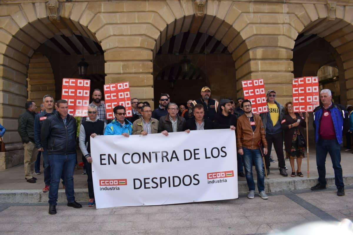 Las imágenes de la concentración en contra de los despidos en Bodegas Bilbaínas 3