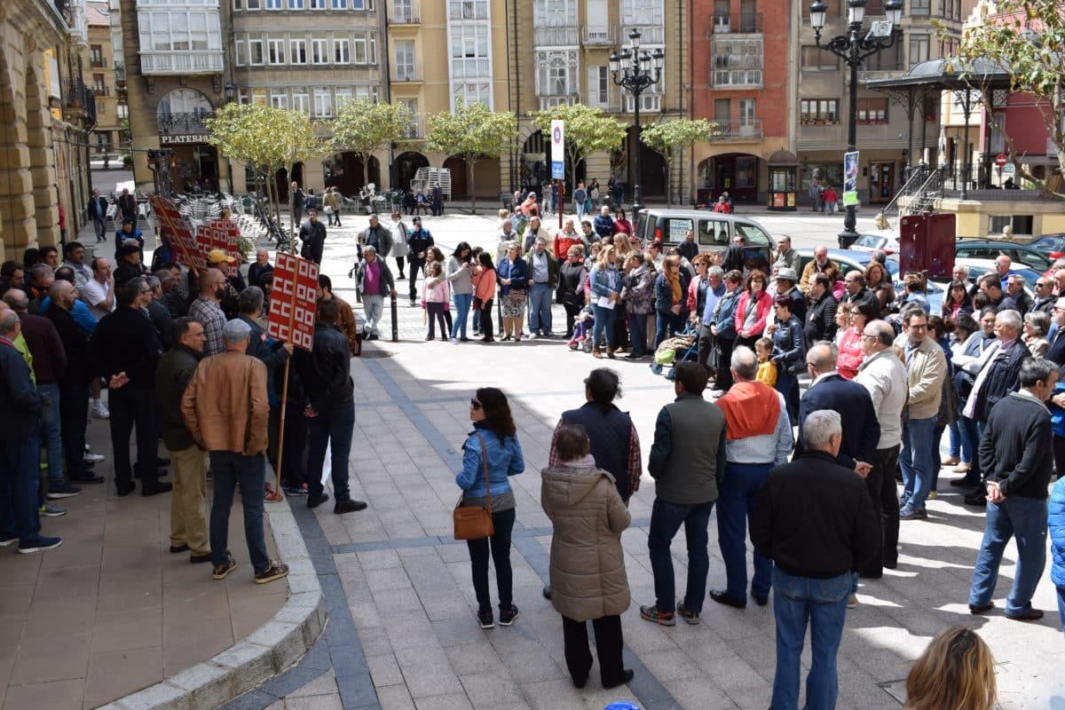Las imágenes de la concentración en contra de los despidos en Bodegas Bilbaínas 10