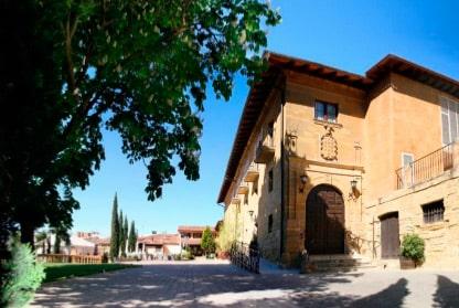"""""""El Palacio de Casafuerte es uno de los recursos turísticos más atractivos de la Rioja Alta"""" 1"""