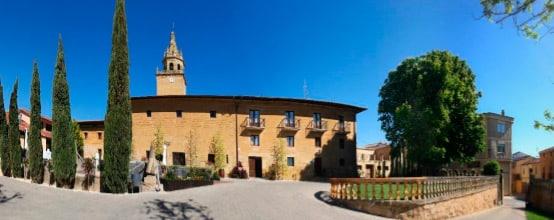 """""""El Palacio de Casafuerte es uno de los recursos turísticos más atractivos de la Rioja Alta"""" 2"""