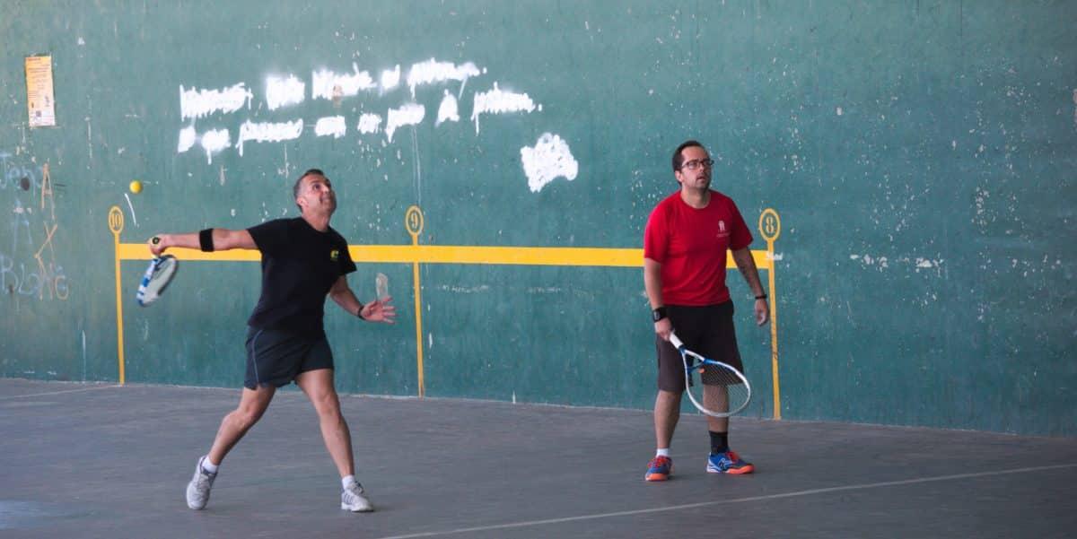 Asier Galarza y Javier Esparza, vencedores del XIX Campeonato de Frontenis Peña Iturri 9