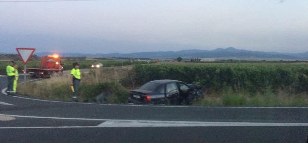 7 heridos en una colisión de dos turismos en la AP-68 en Haro 1