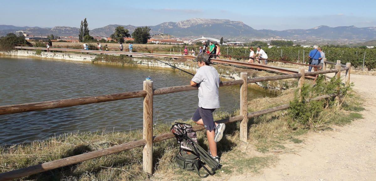 Casi 40 niños participan en los Concursos de Pesca de la Sociedad Riojalteña de Caza y Pesca 12