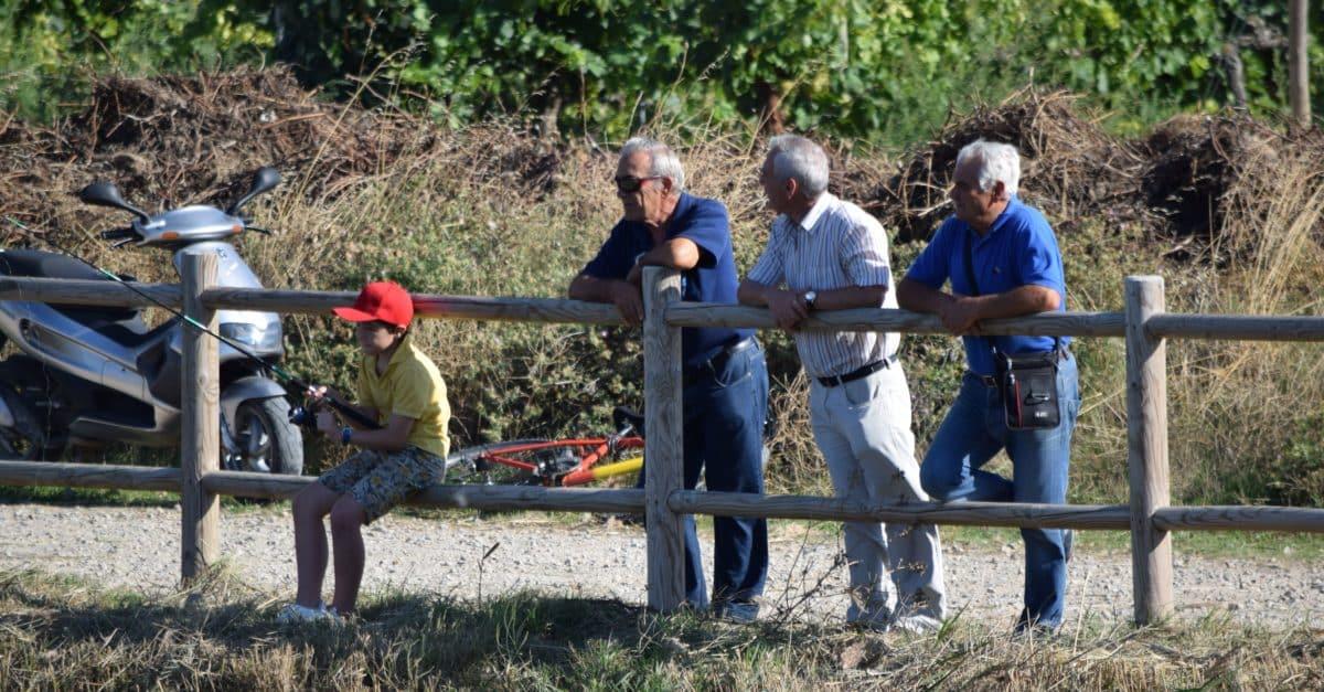 Casi 40 niños participan en los Concursos de Pesca de la Sociedad Riojalteña de Caza y Pesca 3