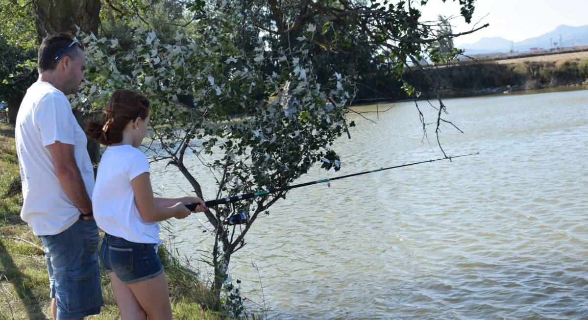 Casi 40 niños participan en los Concursos de Pesca de la Sociedad Riojalteña de Caza y Pesca 9